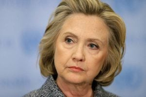 Hillary Clinton, bolnavă de cancer sau bolnavă de adversari politici? Presa americană și română îi mai dă șase luni de trăit