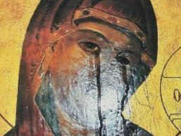 O icoana ortodoxa a Maicii Domnului plange de 10 zile la Milano. VIDEO