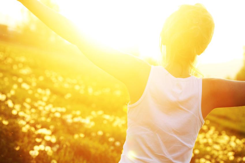 Studiu: Beneficiile expunerii la soare prevalează asupra riscurilor de cancer de piele
