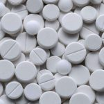 Aspirina poate accelera evoluția cancerului