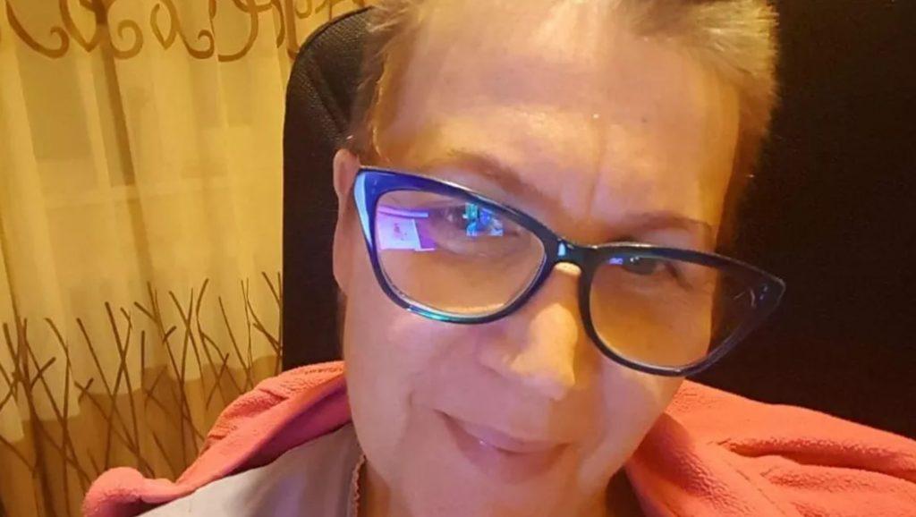 """Deşi suferă de cancer în ultimul stadiu, o profesoară din Cluj continuă orele online: """"Asta mă motivează. Sunt acolo pentru elevi"""""""