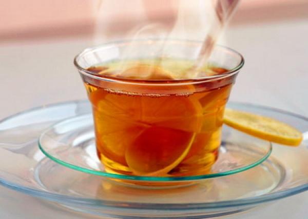 Bauturile fierbinti pot cauza cancer esofagian. Care este temperatura periculoasa?
