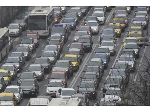 bucureştenii trafic_auto
